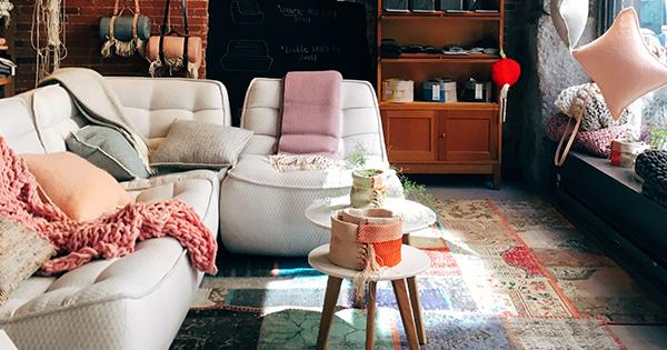 Ako využiť veľký priestor v obývacej miestnosti